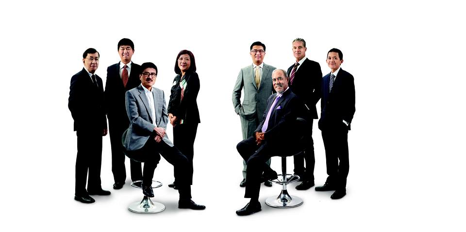 Seated: Yours truly and Tan Sri Megat. Standing, from left, Goh Leng Chua, Dato Amos Siew, Hew Moi Lan, Dato' Seri Chee Hong Leong, Nicholas Bloy and Tan Chow Yin.